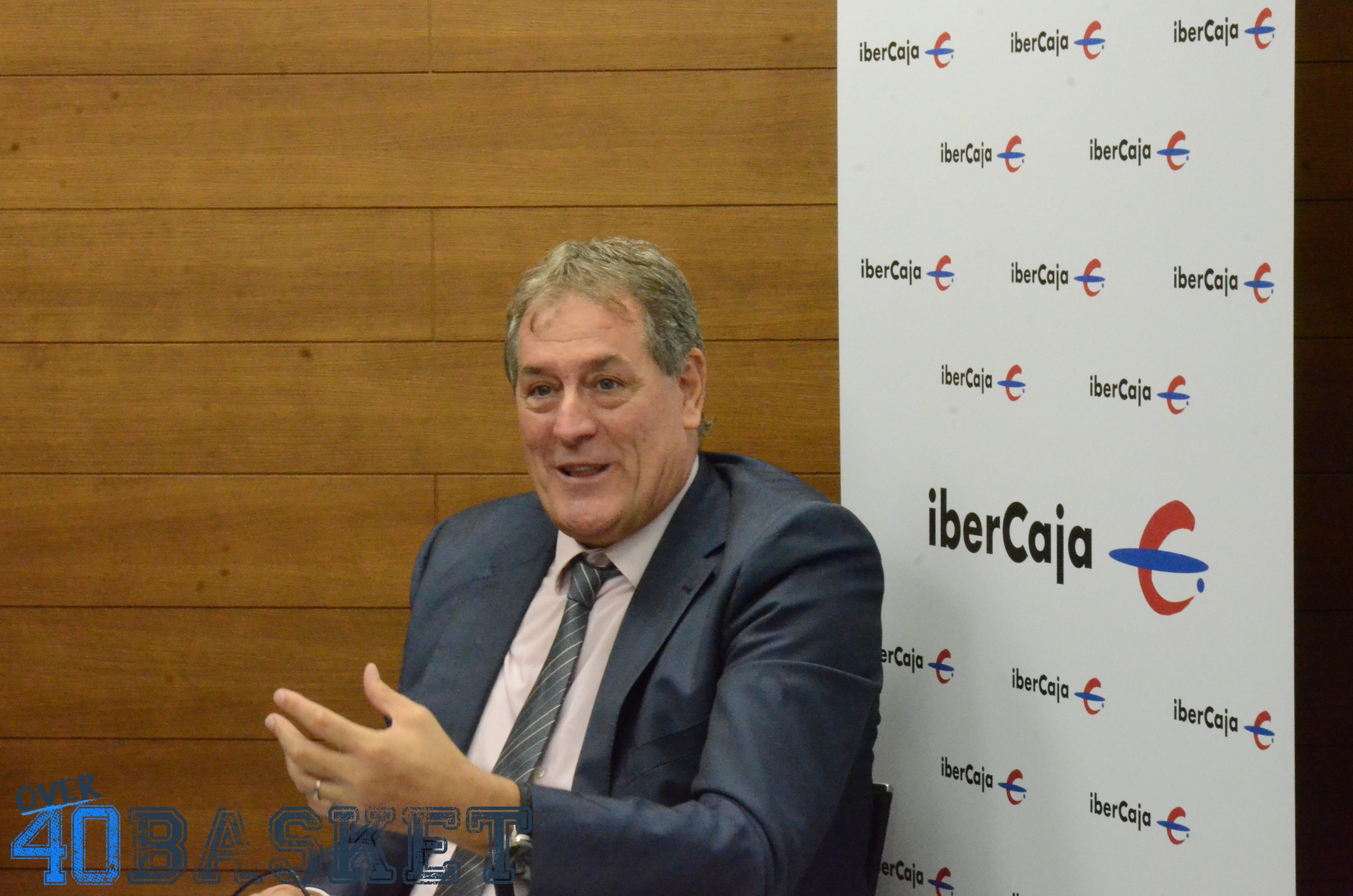 Fernando Arcega, jefe de negocio institucional y patrocinios de Ibercaja/LouMesa-Over40Basket